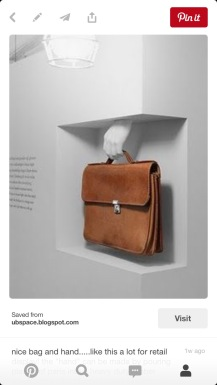Photo on my 'Museum Display' board. What a great way to contextualize a bag without distracting from its actual beauty!
